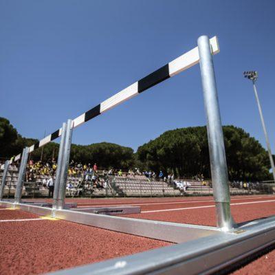 Un momento dell'inaugurazione della pista di atletica dello Stadio Giannattasio di Ostia, Roma,11 luglio 2016. ANSA/ANGELO CARCONI